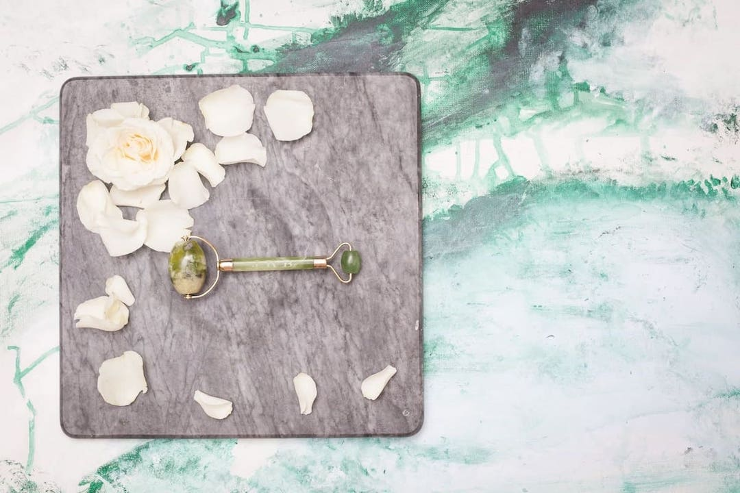 Kleiner Kühlschrank Roller : Jade beauty roller spa jade beauty roller look beautiful products