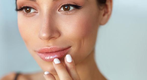 kokosoel-zarte-lippen-lippenpflege