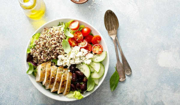 Teaser-Greek-Quinoa-Bowl-Look-Beautiful