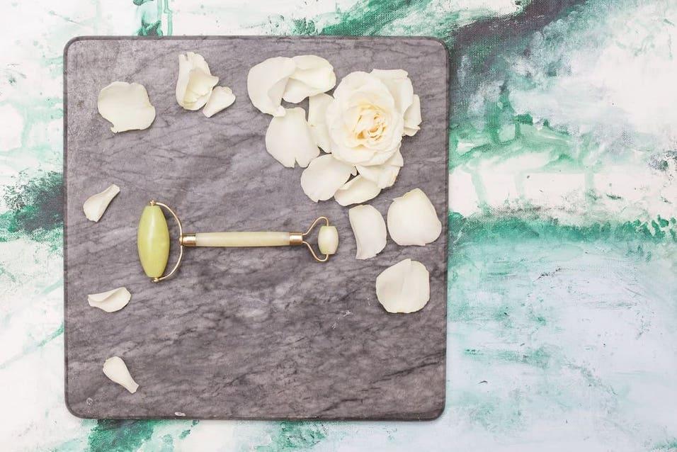Kleiner Kühlschrank Roller : Jade beauty roller pro jade beauty roller look beautiful products